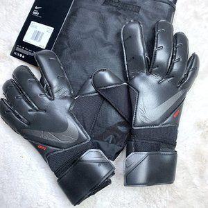 9 Nike GK Grip 3 Gloves Soccer Football Size 9